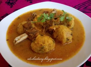 Thakkadi – Rice dumplings in Mutton curry-தக்கடி
